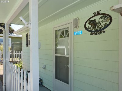 Gold Beach Single Family Home For Sale: 29710 Shore Pine Ln