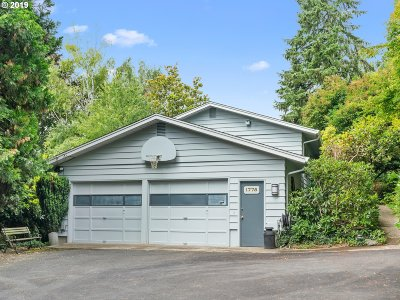 Portland Single Family Home For Sale: 1775 NW 119th Ave