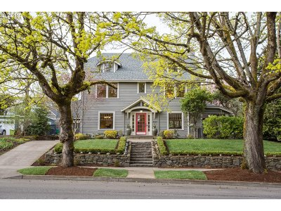 Portland Single Family Home For Sale: 3567 E Burnside St