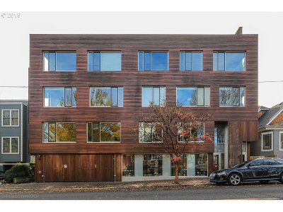 Portland Condo/Townhouse For Sale: 2538 NW Thurman St #201