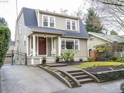 Portland Single Family Home For Sale: 3236 NE 18th Ave