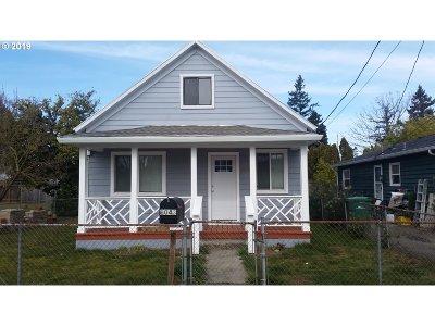 Portland Condo/Townhouse For Sale: 8043 SE Carlton St