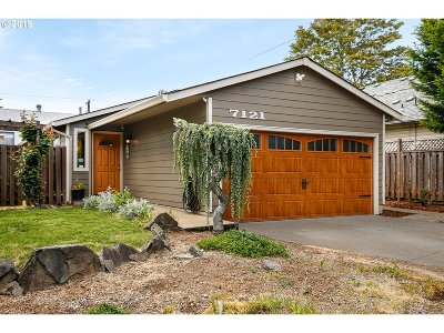 Portland Single Family Home For Sale: 7121 SE 83rd Ave