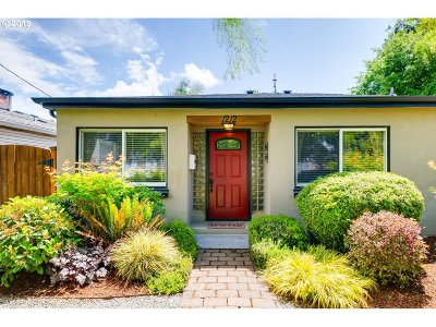Newberg, Dundee, Mcminnville, Lafayette Single Family Home For Sale: 1212 E 5th St