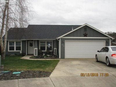 Roseburg Single Family Home For Sale: 113 Alyssa Ct