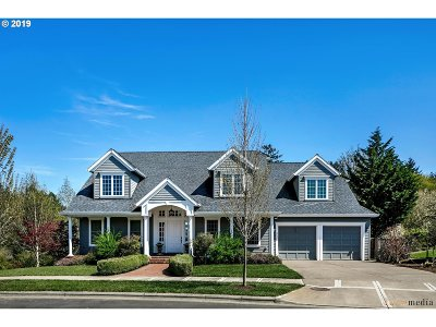 Forest Grove Single Family Home For Sale: 3525 Hoodview Dr