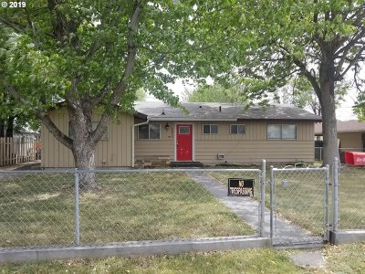 Single Family Home For Auction: 620 NE 2nd St