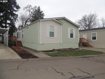 Clackamas OR Single Family Home For Sale: $93,500