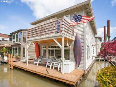 Multnomah County Single Family Home For Sale: 3939 N Marine Dr