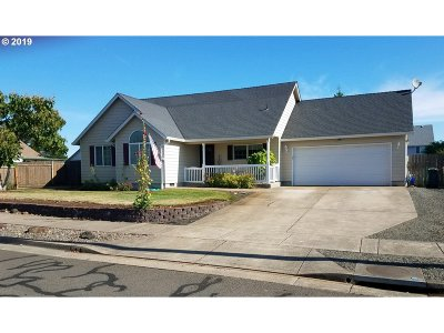 Albany Single Family Home For Sale: 3377 NE Siuslaw Ave