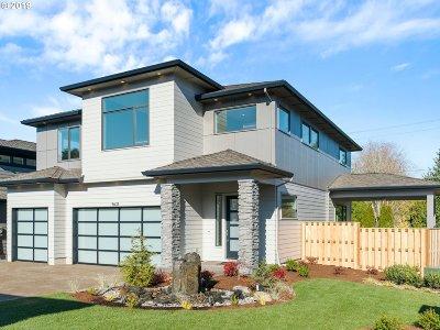 Beaverton Single Family Home For Sale: 11711 SW Sophia Ct