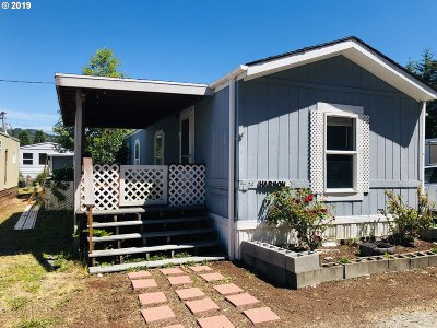 Gold Beach Single Family Home For Sale: 95706 Jerrys Flat Rd #24