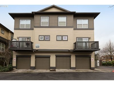 Beaverton Condo/Townhouse For Sale: 1040 SW 170th Ave #201