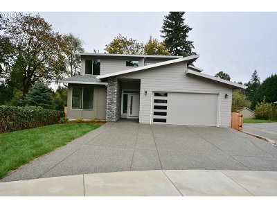 Vancouver Single Family Home For Sale: 715 NW 108th Cir