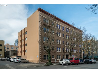 Portland Condo/Townhouse For Sale: 709 SW 16th Ave #205
