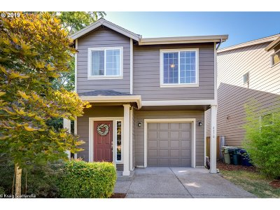 Beaverton Single Family Home For Sale: 4870 SW 175th Ave