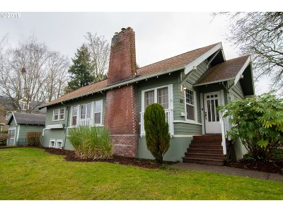 Woodburn Single Family Home Pending: 389 W Hayes St