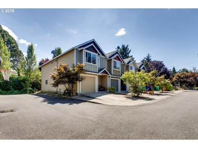 Portland Single Family Home For Sale: 4662 NE 116th Ave