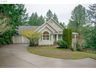Eugene Single Family Home For Sale: 32810 Sisters Loop