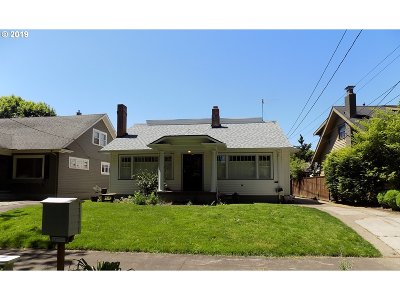 Portland Single Family Home For Sale: 31 NE 43rd Ave