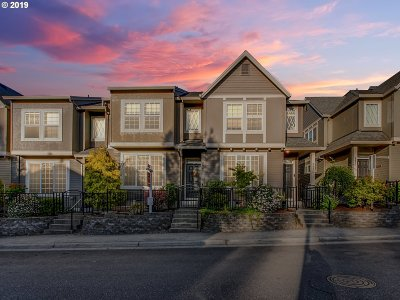 Beaverton Condo/Townhouse For Sale: 2460 NW Crosswater Ter