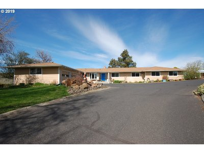 Pendleton Multi Family Home For Sale: 3305 SW Hailey Ave