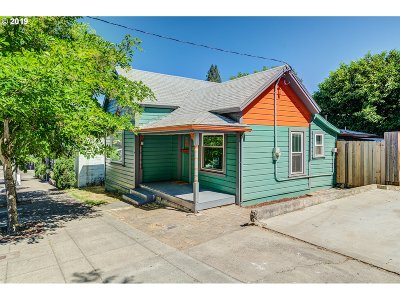 Oregon City Single Family Home For Sale: 1111 7th St