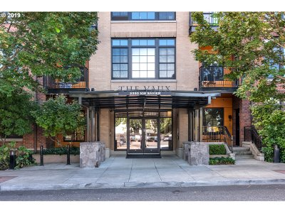 Portland Condo/Townhouse For Sale: 2350 NW Savier St #302