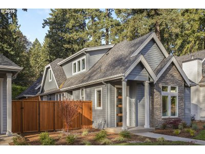 Lake Oswego Single Family Home For Sale: 378 9th St