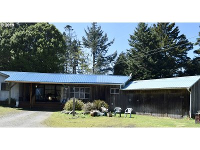 Port Orford Single Family Home For Sale: 92471 Agate Beach Rd