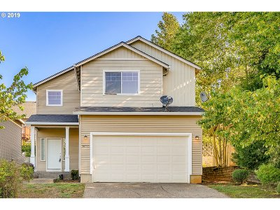 Sandy Single Family Home For Sale: 38793 Barlow Pkwy