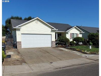 Woodburn Single Family Home For Sale: 2764 Revere St