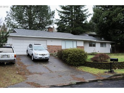 Single Family Home For Sale: 9901 NE 15th St