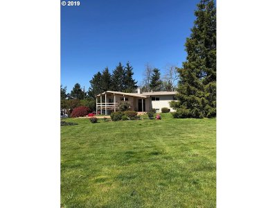 Gresham Single Family Home For Sale: 30839 SE Pipeline Rd