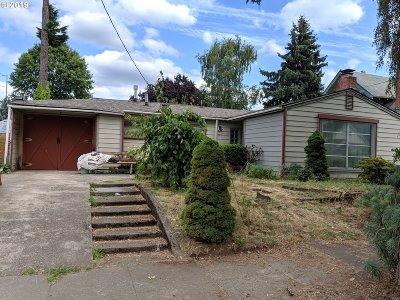 Portland Single Family Home For Sale: 4516 SE 45th Ave