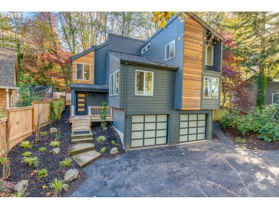 Lake Oswego Single Family Home For Sale: 1820 Southshore Blvd