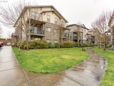 Hillsboro, Cornelius, Forest Grove Condo/Townhouse For Sale: 606 NE Roydon Ln