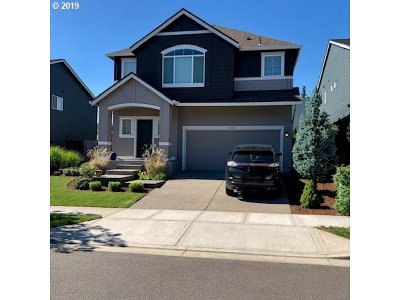 Clackamas County Single Family Home For Sale: 15263 SE Granite Dr