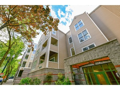 Portland Condo/Townhouse For Sale: 0205 SW Montgomery St #306