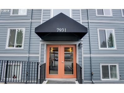 Portland Condo/Townhouse For Sale: 7931 SW 40th Ave #C