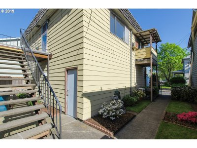 Clackamas County, Multnomah County, Washington County Multi Family Home For Sale: 1178 SE Pershing St