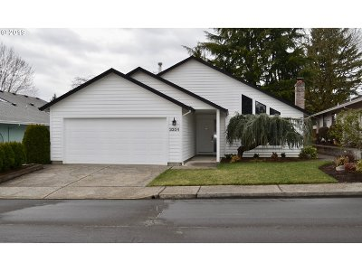 Clark County Single Family Home For Sale: 3204 SE 152nd Ave