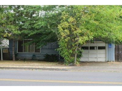 Eugene Single Family Home For Sale: 2569 Hilyard St