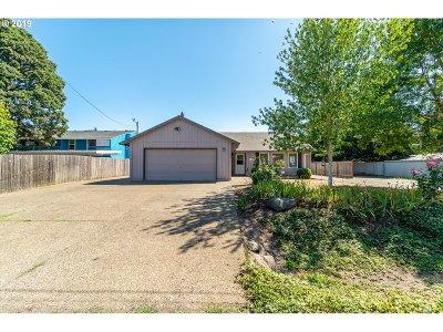 Albany Single Family Home For Sale: 3140 Oakwood Ave