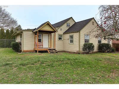 Washington County Single Family Home For Sale: 43460 SW Gaston Rd