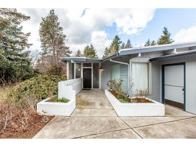 Gresham Single Family Home For Sale: 21565 SE Fariss Rd