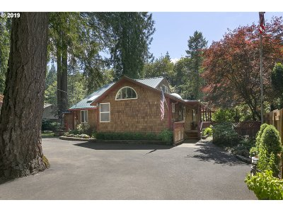Clackamas County Single Family Home For Sale: 31861 S Shady Dell Rd