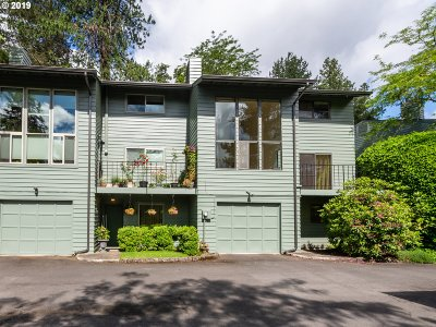 Eugene Condo/Townhouse For Sale: 4427 Fox Hollow Ln #13
