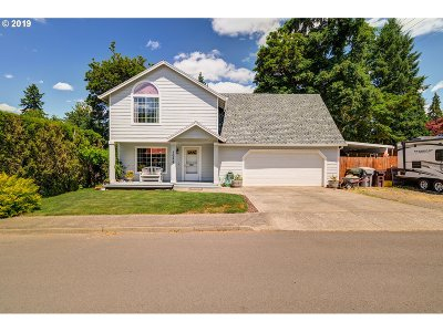 Canby Single Family Home For Sale: 1056 NE 8th Pl
