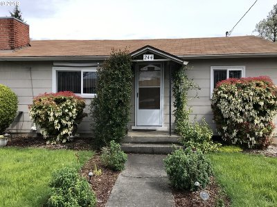 St. Helens Single Family Home For Sale: 244 S 18th St